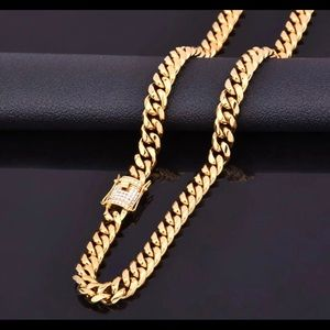 Other - New 18 k yellow gold Cuban necklace